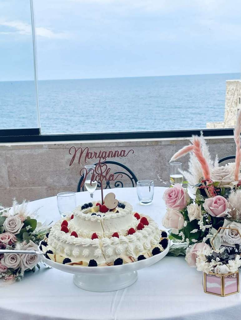 Marianna e Nicola a Polignano a Mare, quel pazzo matrimonio organizzato in due settimane Featured Real wedding  Real wedding Polignano a Mare Matrimoni a tema